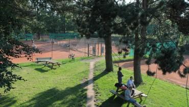 Lørdag morgen tennis starter 6. maj