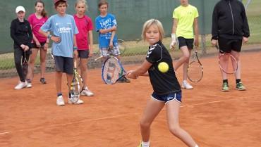 Spil tennis i skoletiden på Valhøj Skole